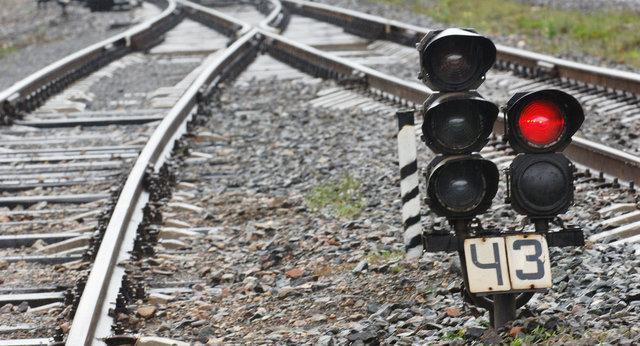 9 زخمی در حادثه خروج قطار اندونزیایی از ریل
