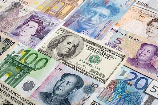 نرخ دلار در آستانه ورود به کانال 12 هزار تومان