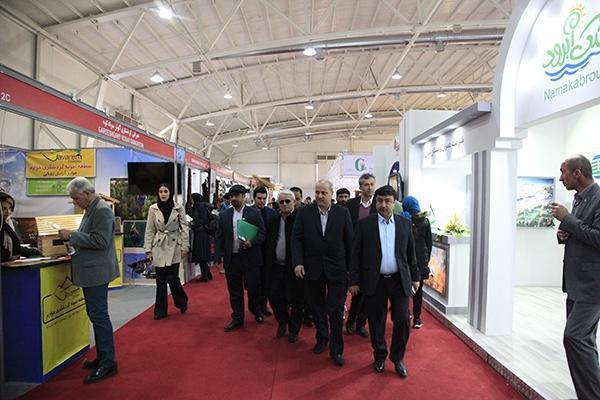 بازدید استاندار گلستان از بخش نمایشگاهی استان در نمایشگاه بین المللی گردشگری