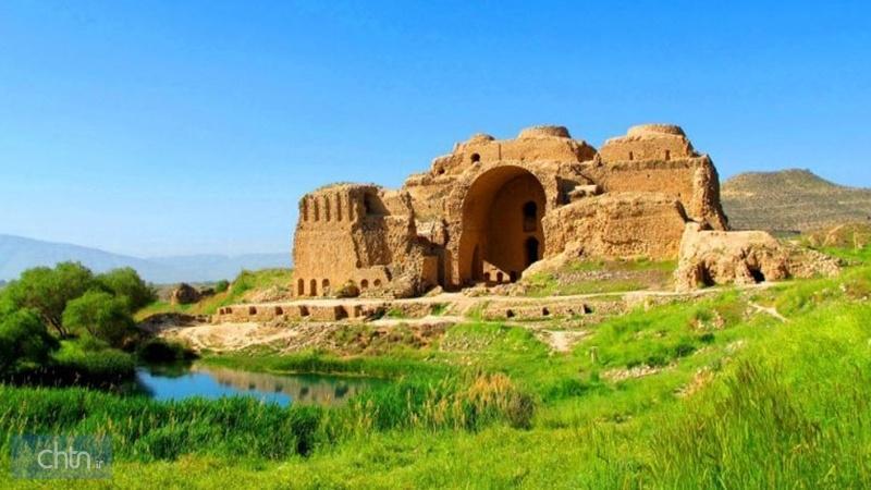 بازدید بیش از 43هزار گردشگر داخلی و خارجی از منظر باستانی ساسانیان فارس
