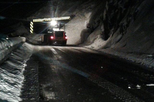 شروع بارش برف در جاده چالوس