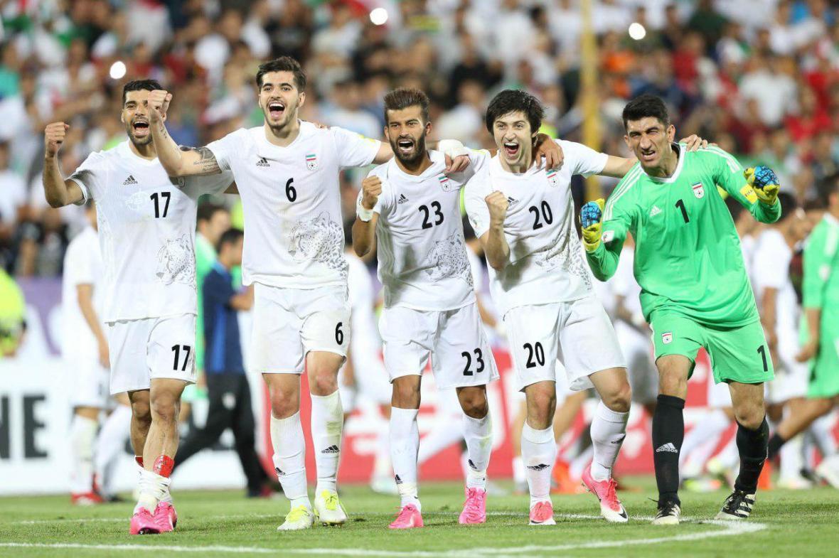 خارجی ها به نیمکت تیم ملی فوتبال ایران نزدیک شدند