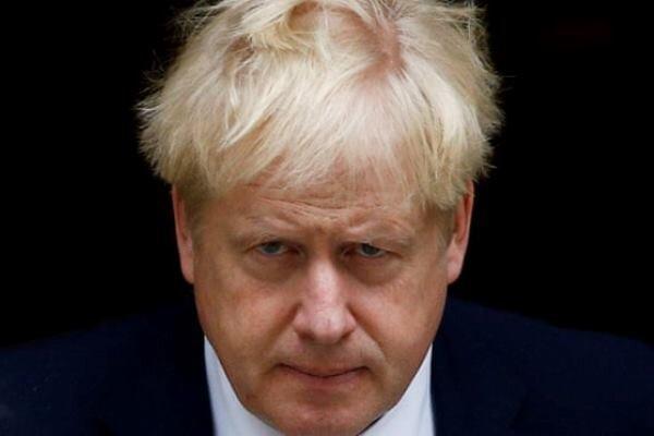 جانسون تعدادی از وزیران را عزل کرد
