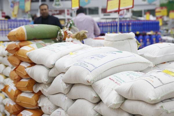 توزیع برنج تنظیم بازار در خراسان شمالی