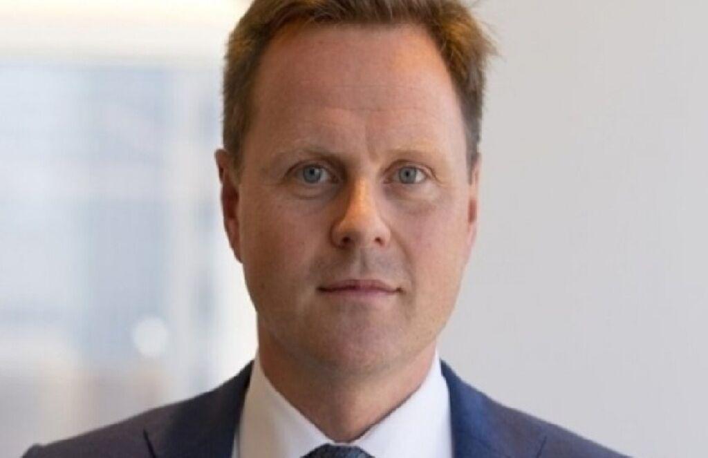 خبرنگاران پاسخ سفیر انگلیس به مقتدا صدر در خصوص کرونا و ازدواج همجنس گراها