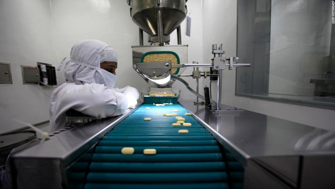 خبرنگاران چراغ سبز اروپا به شرکت های داروساز برای فراوری داروی کرونا
