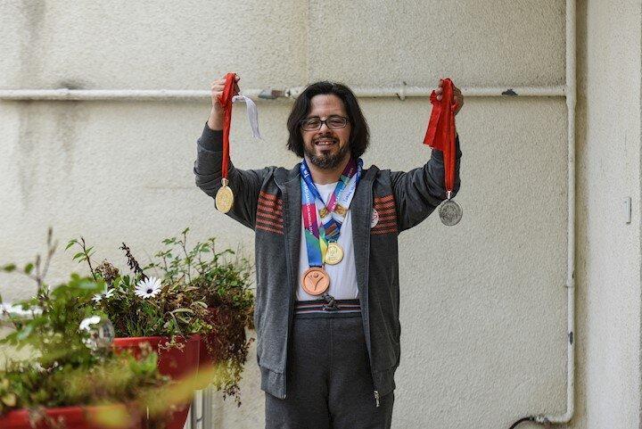 22 مدال در کارنامه قهرمان