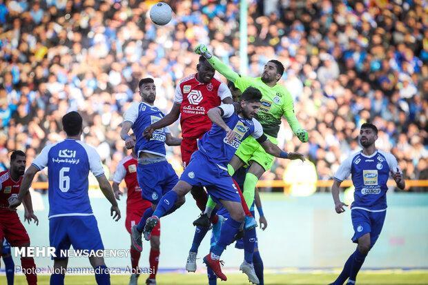 وزارت ورزش تصمیم خوبی برای خارجی های استقلال و پرسپولیس گرفت