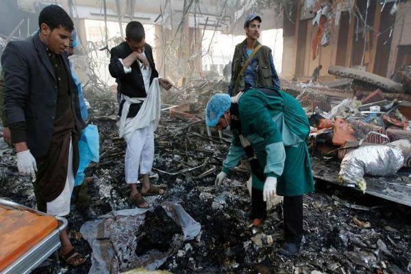 جنگنده های متجاوز سعودی 2 استان یمن را به شدت بمباران کردند