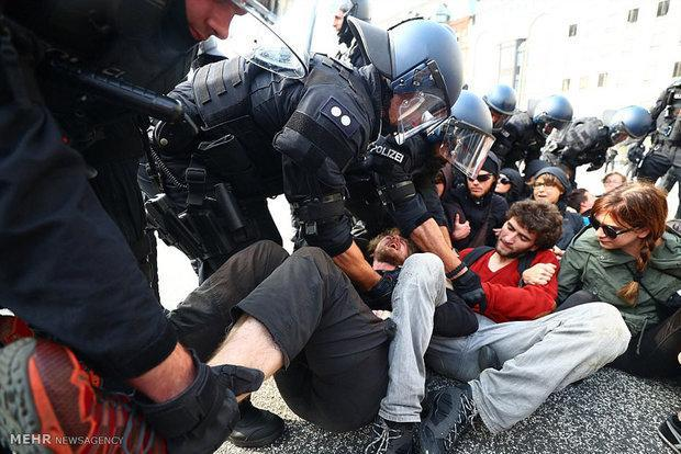 تظاهرات علیه محدودیت های کرونایی منجر به بازداشت صدها نفر شد