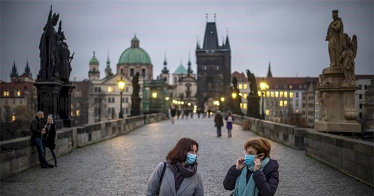 گردشگری اروپا چه&zwnjزمانی به دوران پیش از کرونا بازخواهد گشت
