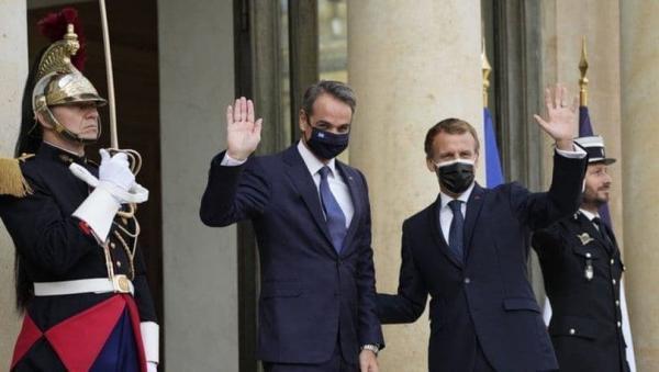 تور یونان: فروش سه ناو جنگی فرانسه به یونان
